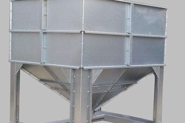 kosz-zasypowy-1000-kg-1D621AF9D-1460-A7D7-2BAD-F3C2970EA140.jpg