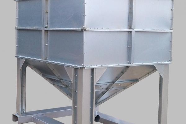 kosz-zasypowy-1000-kg76B40CB4-0FCC-1186-EB4F-0BA4A52B5F7C.jpg